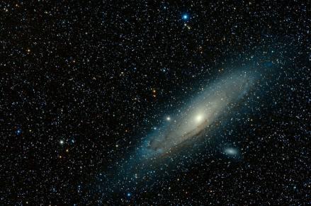 Andromeda photo-1539321908154-04927596764d